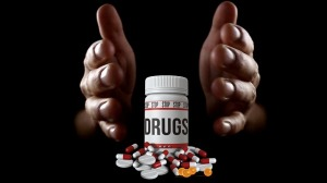 drugs-3541680_640